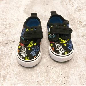 Joe Boxer Glow In The Dark Youth Shoes